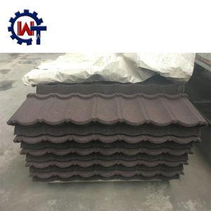 石造りの上塗を施してある金属の屋根の鉄片