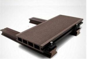 合成のDeckingのボードWPCの固体Deckingに床を張る安いWPC