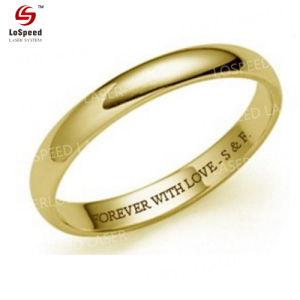 Het goed die de Roterende BinnenLaser van de Ring verkopen graveert 18K Gouden Edel metaal