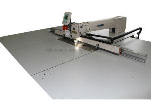 Macchina per cucire di CNC del modello di automobile del reticolo automatico delle sedi
