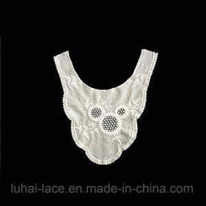 服の装飾のための水溶性の綿Vカラーレース