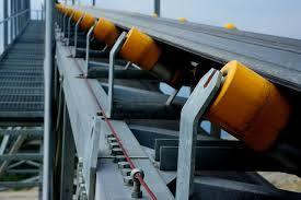 Nastro trasportatore mobile della ghiaia industriale della sabbia con la tramoggia con il prezzo diretto della fabbrica