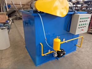 Piccolo campione di DAF per acque di rifiuto oleose