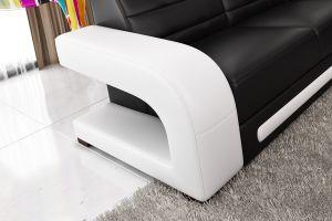居間のための現代ホーム家具の上の革ソファー