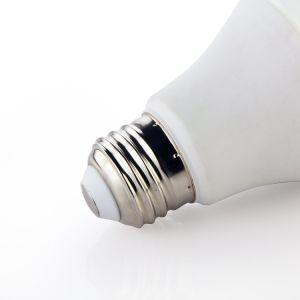 O alumínio+Dissipador de calor de plástico da tampa de PC 4W 6W 8W 10W 12W 15W lâmpada LED E26 E27 B22 E14 Lâmpada de Alta Qualidade da base de dados