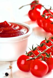 Tomate/Ketchup/fatias de tomate