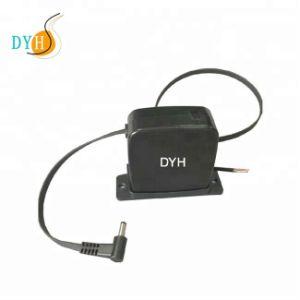 Настенное зарядное устройство USB со втягивающимся кабелем
