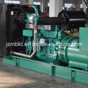 350kw/437.5kVAは開くYuchai (YC6K500L-D30)が動力を与えるタイプディーゼル生成セットを