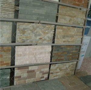 El Revestimiento Interior De La Pared De Piedra Cultivada De Pizarra