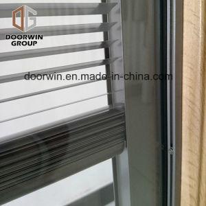Finestra di legno placcata di alluminio della stoffa per tendine di stile afgano, inclinazione integrale dell'otturatore dei ciechi incorporati e finestra di girata per il cliente afgano