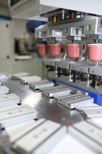 4개의 색깔 기계를 인쇄하는 기계 야구 모자를 인쇄하는 캡핑 기계 플라스틱 모자 패드