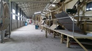 OEMの熱い出版物機械が付いている自動Chipboardの生産ライン