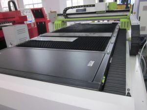 machine de découpage au laser à filtre SFC3015 Coupe au laser Métal 700W