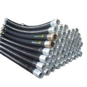 Eine 3 Zoll-konkrete Pumpförderarbeit bespritzt 85bar mit einem Schlauch