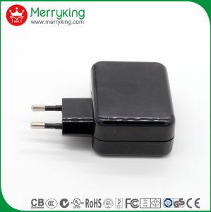Precio al por mayor Ce GS múltiples Universal 4 puertos USB cargador de viaje para teléfono móvil