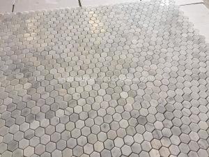 カラーラの大理石のための六角形の芸術の石のモザイク・タイル
