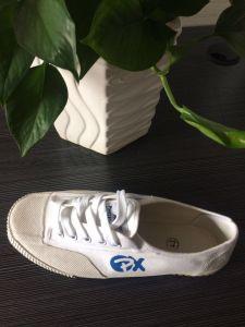 L'exécution Sneaker antidérapant populaire les hommes et les chaussures pour femmes