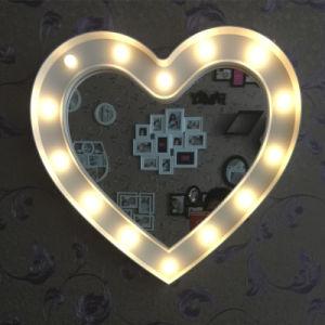 De plastic Spiegel van Deco van de Muur met LEIDEN Licht 20