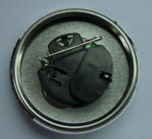 カスタム設計しなさい記念品(014)のための多彩なスペクトルの金属の錫のバッジを