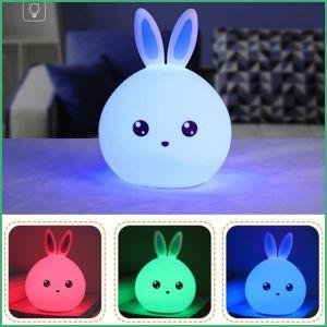 LED de alta calidad de policromía de la luz de noche para el bebé con un 100% de Shell de silicona
