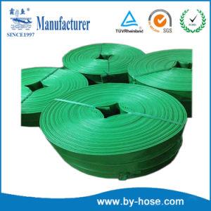 L'irrigazione di agricoltura del PVC pone il tubo flessibile di scarico dell'acqua piana