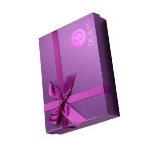주문 로고를 가진 호화스러운 광택이 없는 자주색 포장 서류상 선물 상자 판지 상자