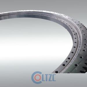 Tres hileras de los anillos de rotación de rodillos
