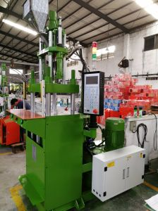Plastic Productsのための55t Vertical Plastic Injection Molding Machine