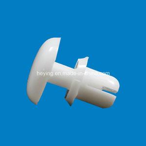 Rivet en nylon en plastique de poussée d'injection