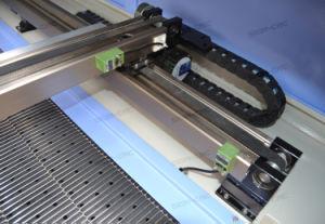 Taxtileのための二酸化炭素レーザーの打抜き機か袋または布またはジーンズ