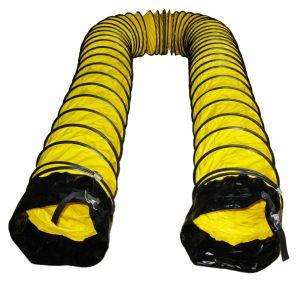 Belüftung-flexible Leitung mit schwarzer Hülse und Faltenbildung