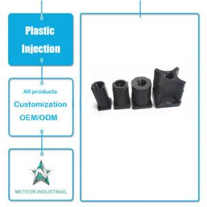 Produits de moulage par injection plastique personnalisée des pièces de machine en plastique avec bouchon à vis de fixation des écrous