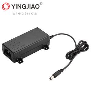 25W/12V/5A AC/DC Adaptador de alimentación de conmutación de portátil con UL/TUV/GS/Ce
