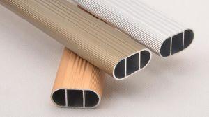 Guarda-roupa pendurada titular de suporte de tubo redondo de rampa (FS-3077)