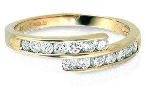 anello di oro giallo 18K con il diamante (LRD1261)