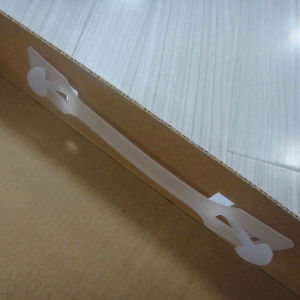 Cor impressa na Caixa de papel ondulado com pega de plástico