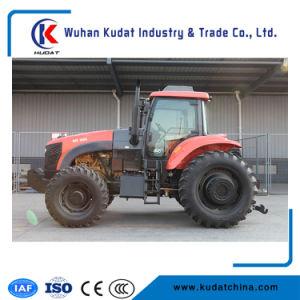 強力なエンジンを搭載する160HP 4WDの農場トラクター