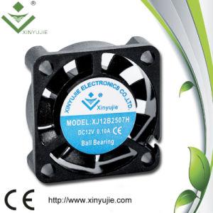 Ventilador de refrigeração 25mm quieto da ventilação da C.C. 12V de Xinyujie 2507
