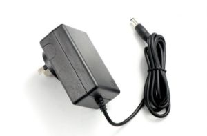 Li 이온 건전지를 위한 12.6V 0.8A 충전기