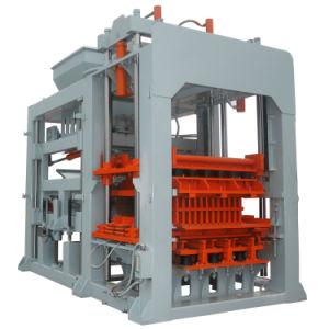 Pressa concreta della particella elementare Qt12-15 che fa macchina