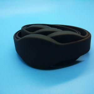 새겨진 로고 13.56MHz MIFARE 고전적인 1K 실리콘 팔찌 RFID 소맷동
