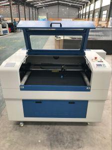 Especificación de la pequeña máquina de corte láser de CO2 para la industria ligera