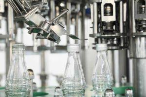 Botella de vidrio automática máquina de llenado de bebidas 3000-36000HPB