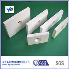 Les garnitures de céramique de pièces d'alumine blanche avec une bonne résistant