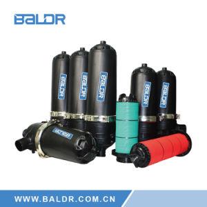 Auto auto-limpieza de equipos de tratamiento de agua para riego