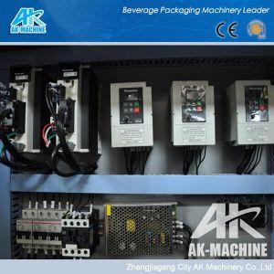 Manchon rétractable Film sur le manchon rétractable Étiquette de systèmes d'étiquetage de la machine