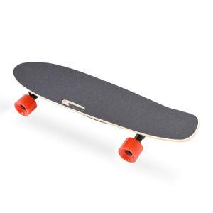 4-Wheel電気スケートボードのための新しいデザインスケートボード