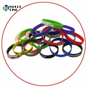 Wristband e braccialetto rivestiti stampati del silicone impressi Debossed
