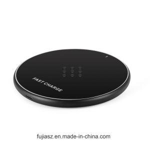 iPhone Xのオフィスのホテルの充満マットのパッドのチー無線表の机の充電器のための10W速い料金