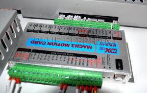 1325 mobilia rotativa di asse dell'unità 4 del router di CNC 4X8 che fa macchina per i materiali rotondi